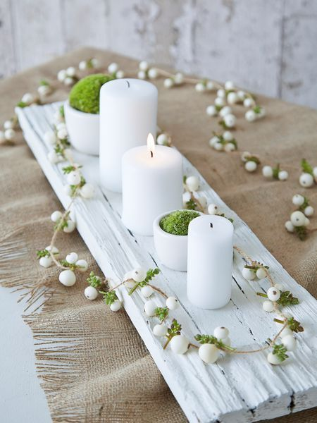 Nordic Centerpiece. Girl First Communion Party Ideas and Templates to make an amazing Party. Get inspired to create your own unforgettable celebration for your little girl.