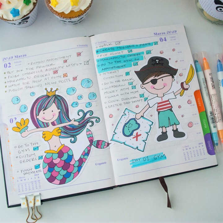Create a colorful and fun planner to stay organized in 2021.