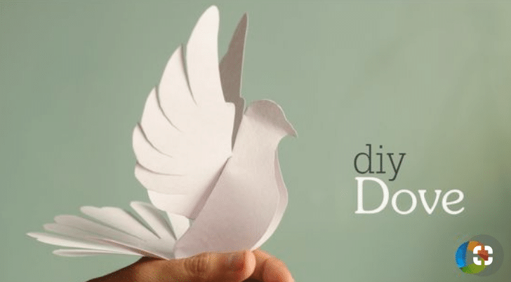 DIY PAPER DOVE CRAFT - Are you planning your first communion as a girl or a boy? Here are 12+ first communion ideas to inspire you. Many DIY ideas so you can create an unforgettable event.