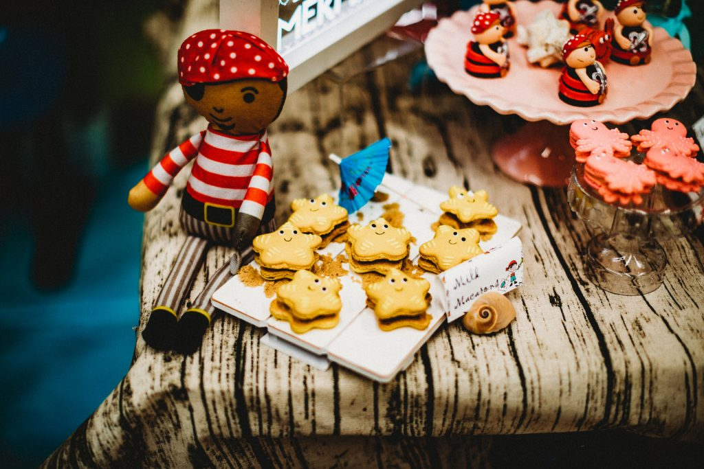 pirate cookies - Kids Pirate Party Ideas