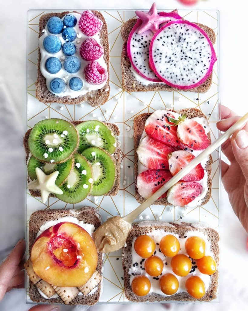 healthy fruit toasts, Colorful Healthy Food Ideas and Tips for Your Party Table by Partymazing