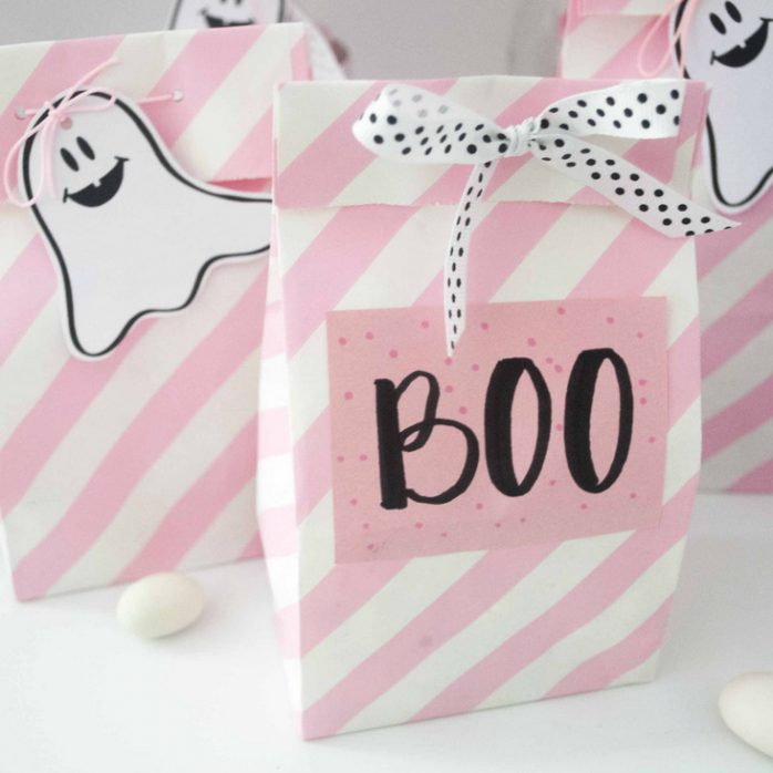 DIY-PINK-HALLOWEEN-PARTY-DECOR-5