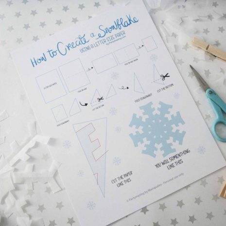How-To-Make-A-Paper-Snowflake-by-Partymazing-1