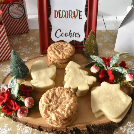 Christmas-cookie-decorating-party-2.jpg