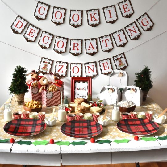 Christmas-cookie-decorating-party-26.jpg
