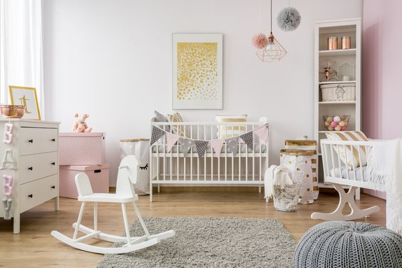 Planning your nursery? Here I have 18 Neutral Modern Nursery Ideas for your Baby Room for you.  You do not need a decorator to achieve a soft and tender cozy environment for your baby. You can use some inspiration and a little creativity. You need to find the look you want to achieve.