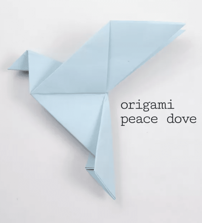 Origami Peace Dove. Girl First Communion Party Ideas and Templates to make an amazing Party. Get inspired to create your own unforgettable celebration for your little girl.