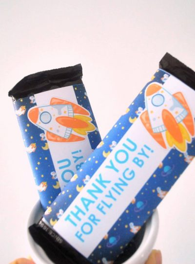 DIY Outer Space Printable Chocolate Bar Wrappers | E487